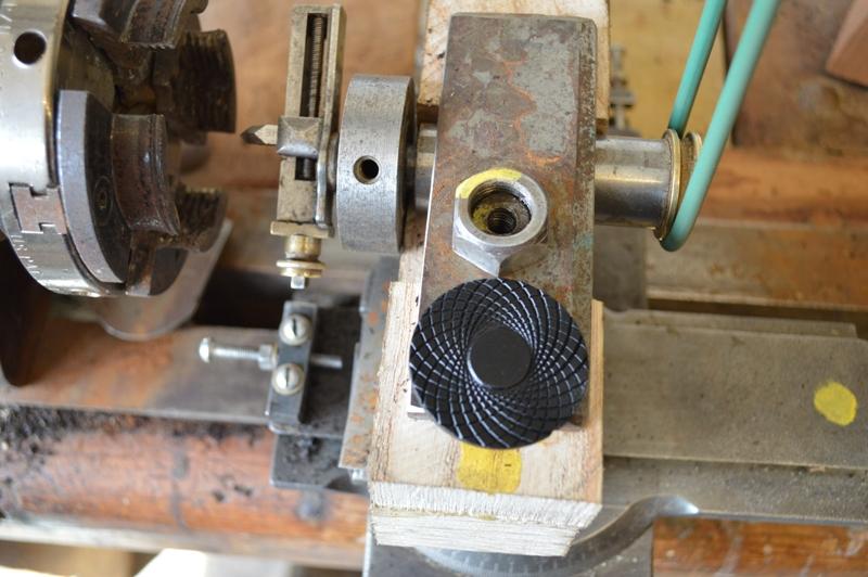 Eccentric cutting frame on ornamental lathe